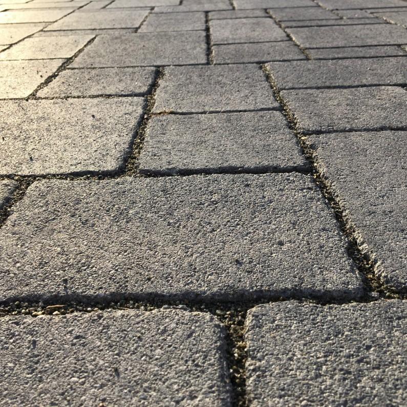 Riano-Barocco-basalt-hell-texture-795x795
